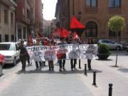 Manifestación tras la entrega de los diplomas