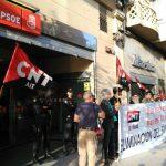 [CNT-SALUD] Crónica concentración ante la sede del PSOE