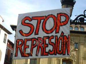 pancarta stop represion